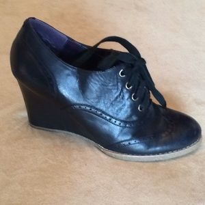 Tommy Hilfiger black oxford wedges